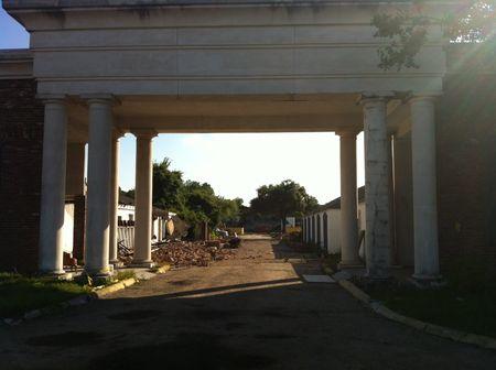 The Bellemont goodbye gate